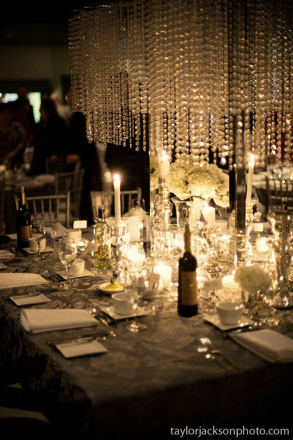 Amazing head table wedding table chandelier details