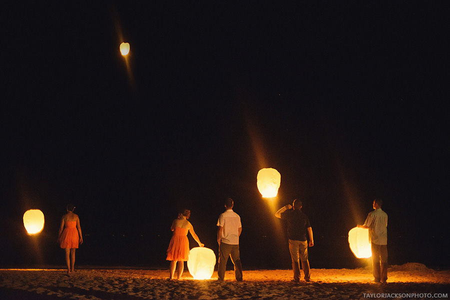 beach-weddings-lanterns