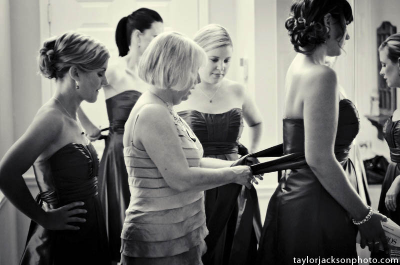The girls getting ready wedding day